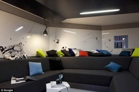 google_london_office1_616